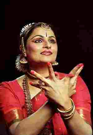 Subhashini dance
